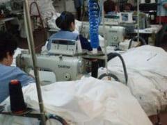 Risc dublu de cancer pentru femeile din industria textila