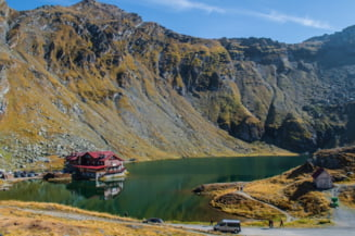 Risc mare de avalansa in Muntii Fagaras. Este inclusa in avertizare si zona turistica Balea Lac