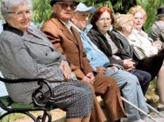 Risc mare pentru pensii: Romania se afla in al 26-lea an consecutiv de declin demografic