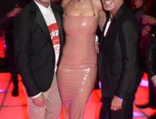 Rita Ora rochie latex