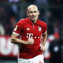 Robben a a revenit in fotbal si a semnat cu Groningen