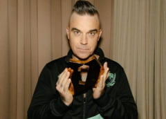 Robbie Williams crede ca a avut coronavirus