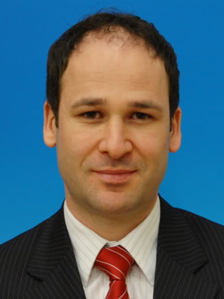 Robert Negoita: Mi-e rusine ca port acelasi nume cu primarul sectorului 3