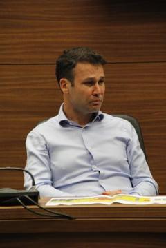 Robert Negoita ignora omerta impusa de Dancila: Nici daca s-ar reincarna nu as vota-o la Presedintie. E o gluma