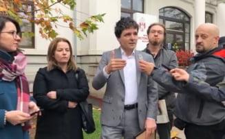 Robert Negoita si Daniel Barbu se aleg cu plangeri penale dupa ce Primaria Sector 3 s-a mutat ilegal intr-o cladire istorica