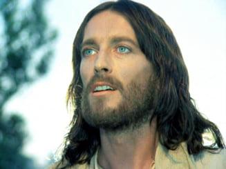 """Robert Powell, actorul principal din """"Iisus din Nazareth"""", invitat la Festivalul """"George Enescu"""" de la Sibiu"""