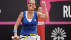 Roberta Vinci face dezvaluiri din vestiarul tenismenelor: Jucatoarele stau complet dezbracate. Sharapova e actrita porno