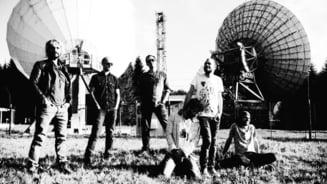 Robin and The Backstabbers, trupa care nu ar canta despre scutere sau regina Angliei Interviu