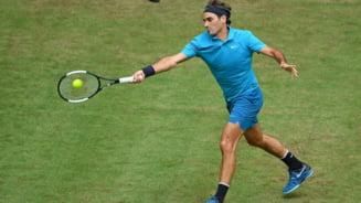 Roger Federer castiga pentru a zecea oara trofeul de la Halle si intra in istoria tenisului