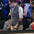 Roger Federer se deplaseaza cu ajutorul carjelor si a facut marele anunt, dupa 3 operatii suferite la genunchi