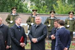 Rogozin il ia peste picior pe Porosenko: O sa informez Roskosmos-ul despre asta