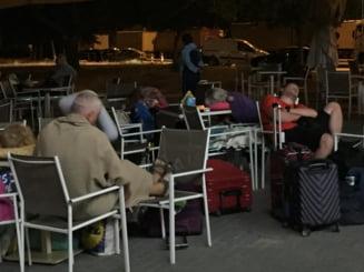 """Români abandonați peste noapte în vama dintre Grecia și Bulgaria. """"Au dormit pe scaune metalice, mese sau pe ciment"""""""