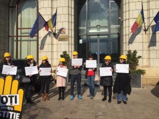 Romania, alaturi de Rusia, intr-un raport al Comisiei de la Venetia despre abuzurile comise de guverne impotriva ONG-urilor (Document)