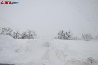 Romania, blocata de nameti - drumuri si scoli inchise, localitati fara curent