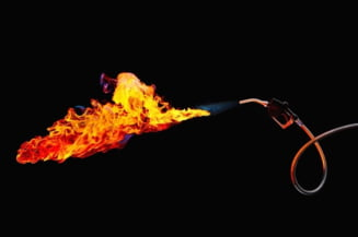 Romania, cea mai drastica scumpire a benzinei din lume - Suntem in top 10 la suferinta la pompa