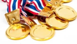 Romania, cinci medalii de aur si locul I pe echipe la Olimpiada Internationala de Chimie