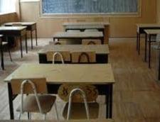 Romania, in zapada - 900 de scoli nu fac ore joi, din cauza vremii