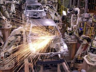 """Romania, o """"piesa"""" importanta in strategia producatorilor din industria auto"""