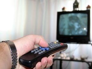 Romania, pe primul loc in lume la... privitul la televizor
