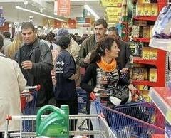 Megállíthatatlanul nõnek az árak Romániában