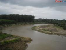 Romania, sub ape: Codul rosu de inundatii, prelungit din nou