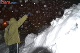 Romania, sub avertizarea codului rosu - Manescu: Daca ninge mult si tare, inchidem drumuri!