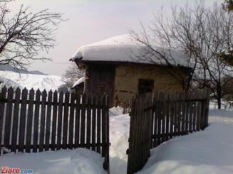 Romania, sub zapada si ger: Doua autostrazi si zeci de drumuri raman inchise. Vezi ce ne asteapta zilele urmatoare