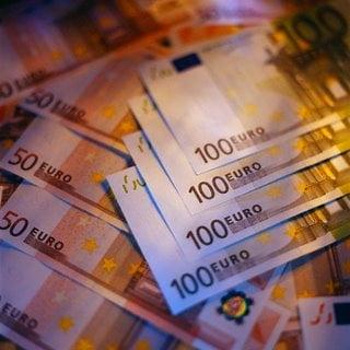 Romania, tot mai departe de euro?