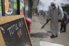 Romania a ajuns la 372 de decese de COVID-19. Dupa numeroase critici, Vela a modificat acordul cu BOR: NU avem voie la biserica