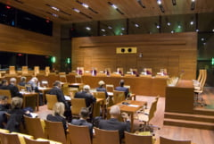 Romania cauta un judecator pentru Tribunalul UE. Printre cerinte: Sa nu fie ofiter sau acoperit al serviciilor de informatii