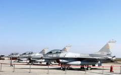 Romania discuta cu SUA cumpararea altor 40 de avioane F-16. Pentru cele trei submarine, mai analizam doi ani