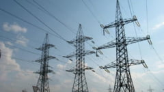 Romania importa cantitati semnificative de energie electrica marti dimineata, la un consum aproape de cel record