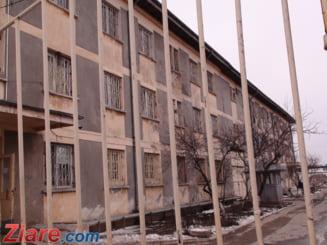 Romania imprumuta 177 de milioane de euro pentru a construi doua inchisori si facilitati pentru gardieni