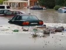Romania inundata: Ce drumuri sunt blocate din cauza aluviunilor si a apei de pe carosabil