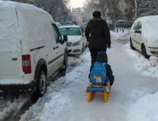 Romania sub zapada: Cursurile vor fi reluate miercuri si in Calarasi, Ialomita si Braila