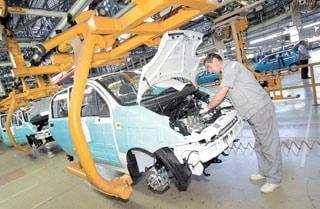 Romania va sprijini proiectele Ford si Renault in tara noastra
