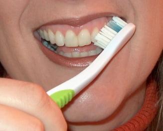Romanii, cei mai murdari din UE: 1 din 5 nu s-a spalat niciodata pe dinti