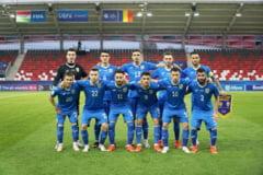 """Romanii, facuti tigani in Ungaria, la EURO. Adrian Mutu: """"E un lucru foarte urat. Sper ca UEFA sa ia decizia corecta"""""""