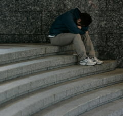 Romanii, mai predispusi la sinucidere decat media europeana