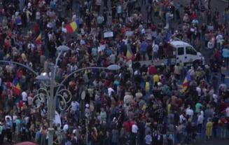 Romanii au iesit din nou in strada pentru a protesta fata de asaltul PSD asupra justitiei: Bucuresti! Lupta Bucuresti!