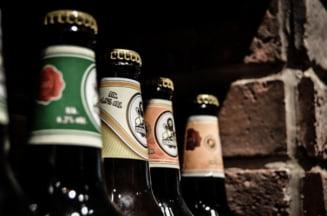 Romanii beau din ce in ce mai mult alcool: Peste 30 de litri pe an. Care e bautura preferata