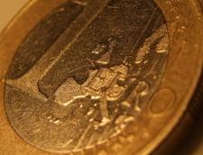 Romanii care muncesc in alte tari au economisit 100 de miliarde de euro in zece ani