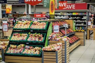 Romanii cheltuie dublu pe alimente, comparativ cu media din Uniunea Europeana. Ce procent din venituri se duce pe mancare