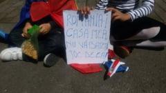 Romanii din Belgia au iesit in strada: Romania-i casa mea, nu va bateti joc de ea!