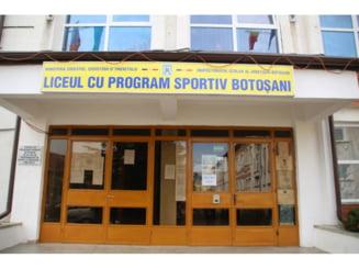 Romanii din Marea Britanie ajuta Liceul Sportiv din Botosani