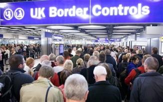 Romanii din Marea Britanie se declara liber profesionisti pentru a primi ajutoare - raport