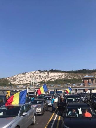 Romanii din diaspora se indreapta spre tara ca sa fie aici pe 10 august. Imagini cu coloanele de masini
