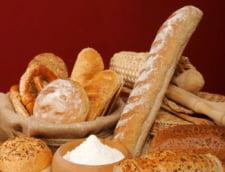 Romanii mananca de doua ori mai multa paine decat fructe - ancheta INS