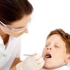 Romanii nu-si ingrijesc dintii - 40% dintre copii au carii