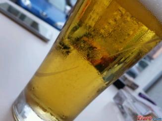 Romanii sunt printre cei mai mari bautori de alcool din lume. In UE suntem pe locul 2